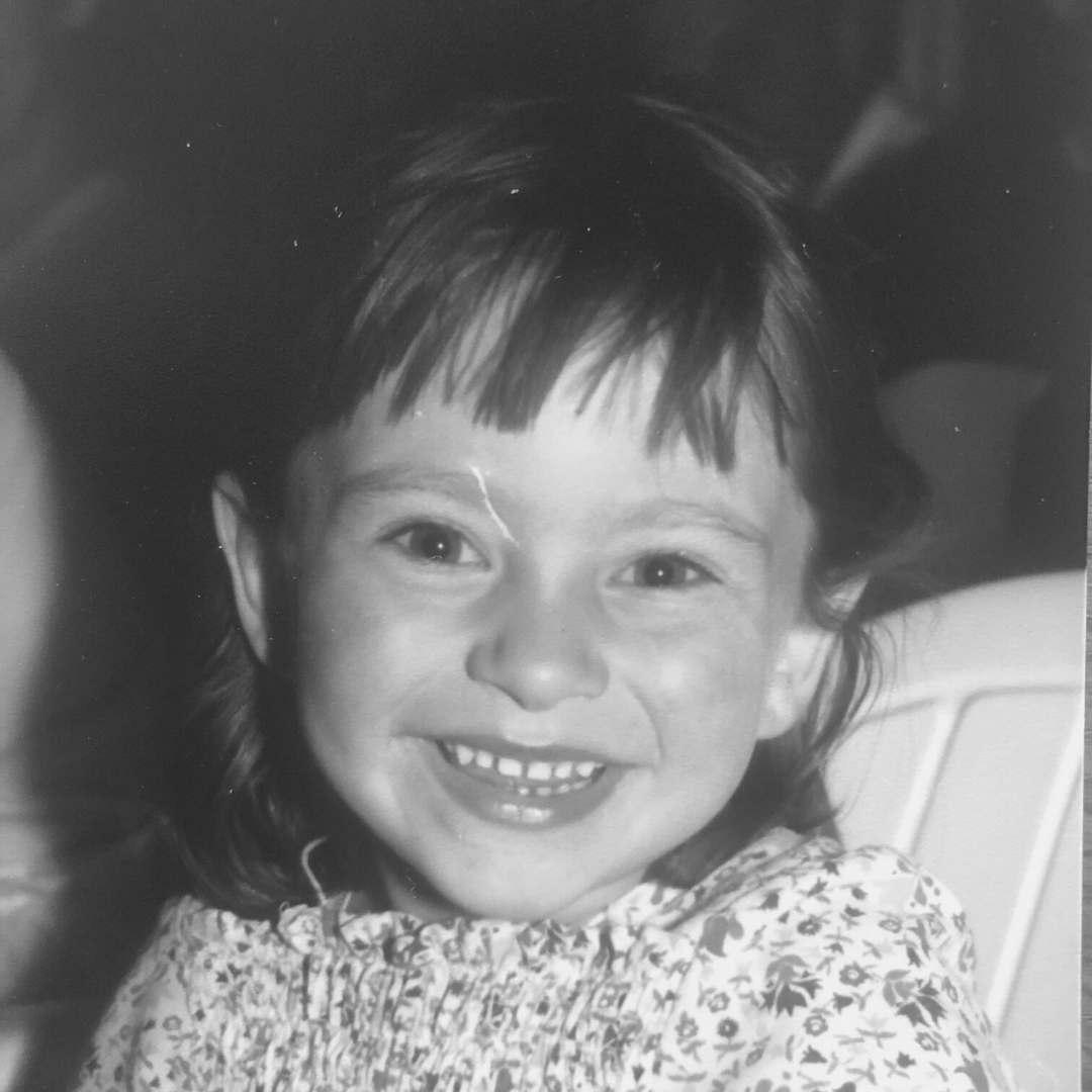 Portrait de julie pons enfant, podologue à anglet